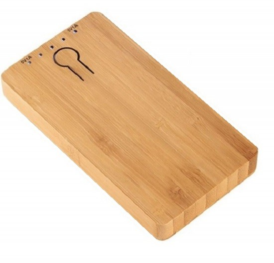 ECO BAMBOO PHONE CHARGER